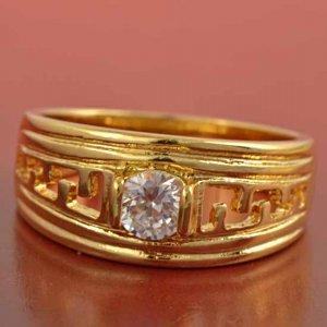 טבעת גולדפילד בשיבוץ קריסטל