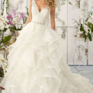שמלת כלה בהזמנה דגם לוטוס