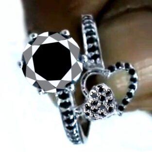 תכשיט ערב: טבעת כסף 925 בשיבוץ מואסניט 3.51 קרט מידה: 8
