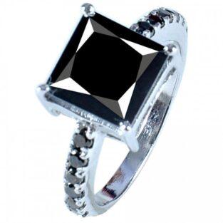תכשיט ערב: טבעת כסף 925 בשיבוץ מואסנייט 3.73 קרט מידה: 7