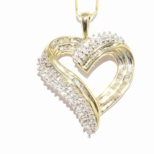 תכשיט זהב לכלה: תליון בשיבוץ 69 יהלומים עיצוב לב