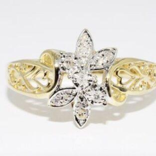 תכשיט זהב לכלה: טבעת בשיבוץ 11 יהלומים לבנים מידה: 6.5