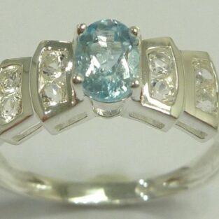 תכשיט לכלה ולערב: טבעת כסף בשיבוץ טופז כחול מידה: 7