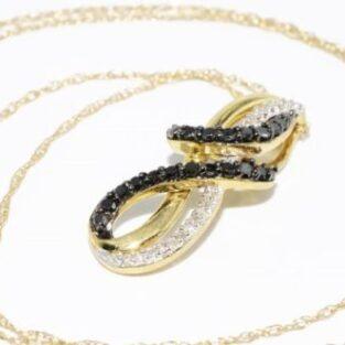 תכשיט זהב לכלה: תליון ושרשרת זהב צהוב בשיבוץ יהלומים שחורים ולבנים