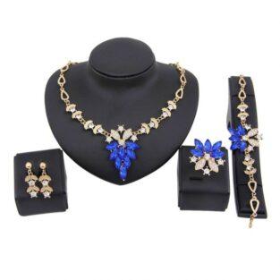 סט לערב: שרשרת עגילים צמיד וטבעת מוזהב בשיבוץ קריסטלים כחול וזירקונים