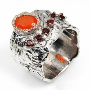תכשיט לכלה ולערב: טבעת בשיבוץ אבני קרנליאן וגרנט תכשיט יוקרה עבודת יד