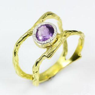 תכשיט לכלה ולערב: טבעת בשיבוץ אמטיסט תכשיט יוקרה עבודת יד