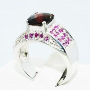 תכשיט לכלה ולערב: טבעת יוקרה כסף בשיבוץ גרנט ורובי מידה: 8.25