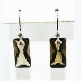 תכשיט לכלה ולערב: עגילי זהב לבן 14 קרט בשיבוץ סמוקי קוורץ ויהלומים