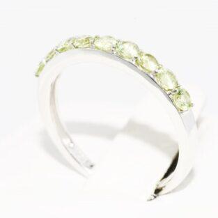 תכשיט לכלה ולערב: טבעת זהב לבן 10 קרט בשיבוץ פרידות מידה: 7