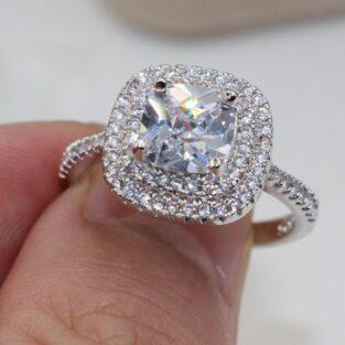תכשיט לכלה ולערב: טבעת בשיבוץ טופז לבן מידה : 9