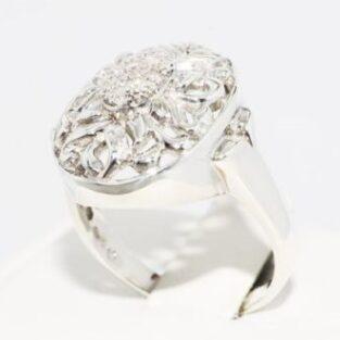 תכשיט לכלה ולערב: טבעת כסף 925 בשיבוץ יהלומים לבנים מידה: 9.25