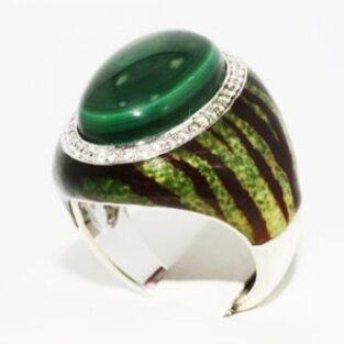 תכשיט לכלה ולערב: טבעת כסף בשיבוץ מלכית טופז לבן ועיטור אמייל מידה: 7.25