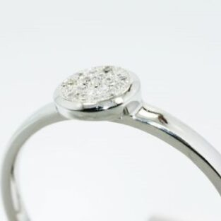 תכשיט לכלה ולערב: טבעת כסף בשיבוץ יהלומים לבנים 11. קרט מידה: 7