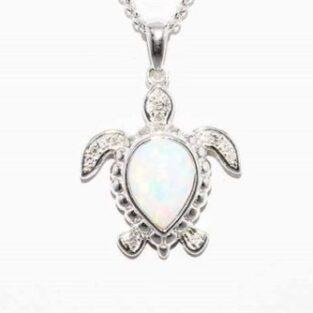 תכשיט לכלה ולערב: תליון ושרשרת כסף עיצוב צב בשיבוץ אופל לבן 14 יהלומים לבנים