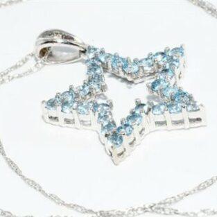 תכשיט לכלה ולערב: תליון ושרשרת זהב לבן 10 קרט ובשיבוץ 30 טופז כחול ויהלום