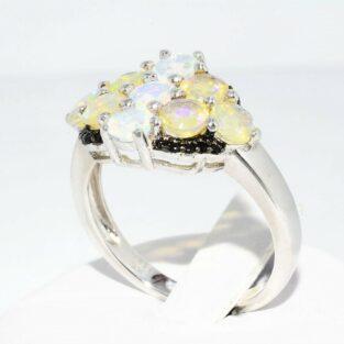 תכשיט לכלה ולערב: טבעת יוקרה כסף בשיבוץ 9 אופל אש + 20 אוניקס שחור מידה: 8