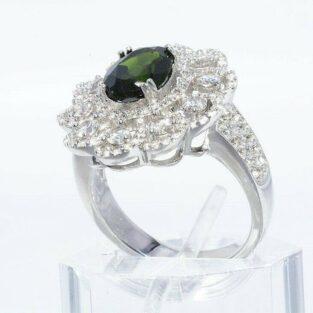 תכשיט לכלה ולערב: טבעת יוקרה כסף בשיבוץ דיופסיד וטופז לבן